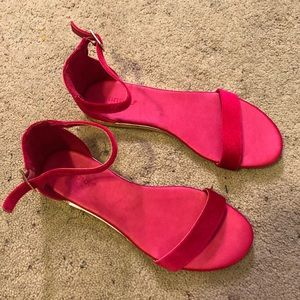 Brand New Bamboo Hot Pink Suede Sandals SZ 8